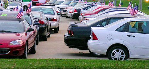 Продажи автомобилей в США в августе достигли до максимума за 11 лет