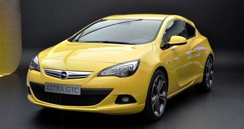 Opel Astra GTC для России получил мощный турбомотор