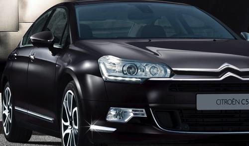 Компании Peugeot и Citroen снизили цены на свои модели в России