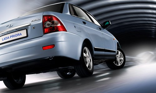 «АвтоВАЗ» начал продавать Lada Priora c 1,8-литровым мотором