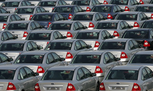 Автомобильный рынок России достиг рекордного падения за 10 лет