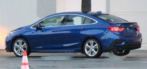 В Сеть утеки шпионские снимки нового Chevrolet Cruze