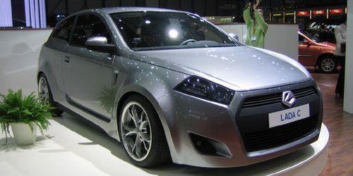 «АвтоВАЗ» готовит новый кроссовер и седан С-класса