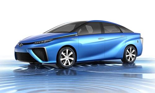 Водородный седан Toyota Mirai выйдет в продажу в США осенью