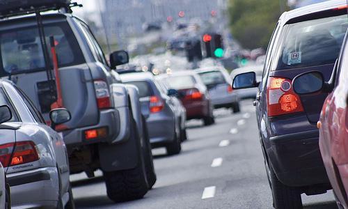 Продажи новых автомобилей в Омске сократились больше, чем на треть