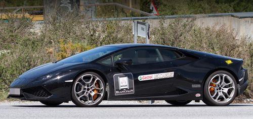 Lamborghini вывела на тесты новый суперкар Huracan