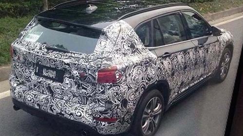 Переднеприводный кроссовер BMW X1 засветился в Китае