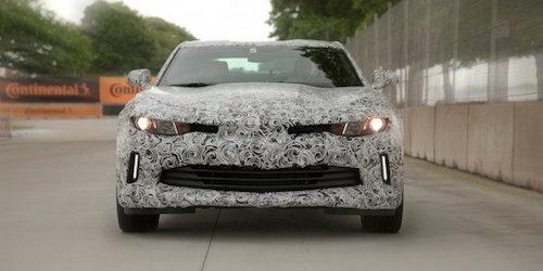 2016-Chevrolet-Camaro-Mule-7-679x452