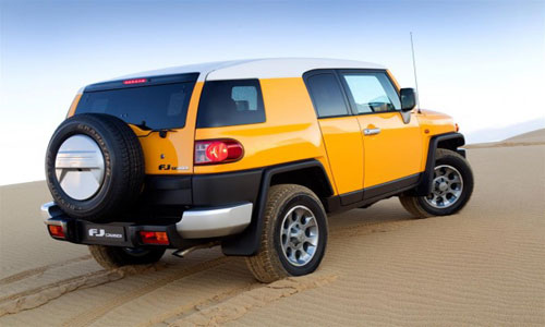 2011-Toyota-FJ-Cruiser-For-Australia-Market-Photo2