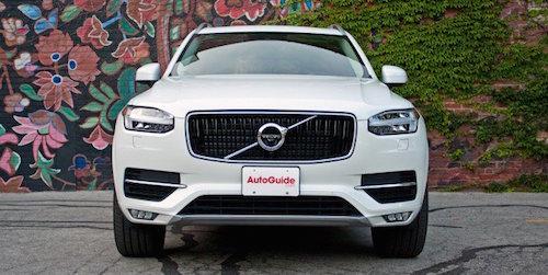 2016-Volvo-XC90-T6-31-679x438