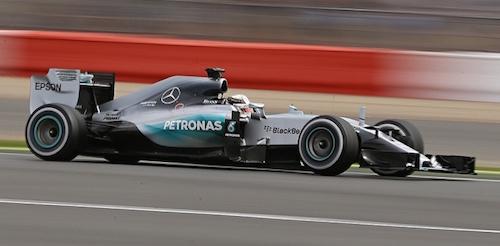 Lewis-Hamilton-008