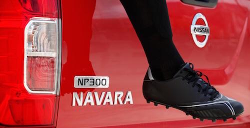 10932-nissan-np300-navara-2016