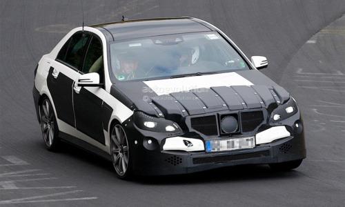 Седан Mersedes-Benz Е63AMG будет оборудован 600-сильным мотором