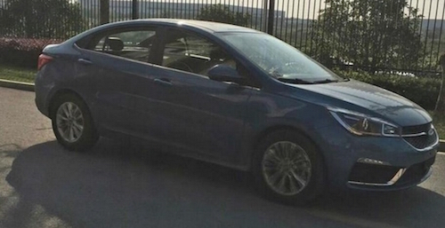 13217-1445062158-novyy-sedan-chery-raskryli-v-seti