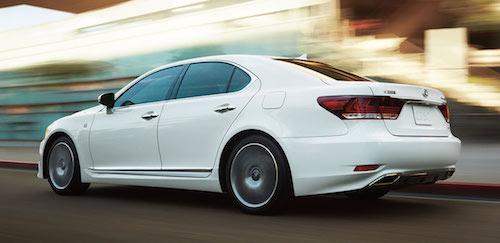 Lexus-LS-FSport-ultra-white-gallery-overlay-1204x677-LEX-LSG-MY14-0052-02