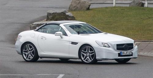 Mercedes-AMG SLC получит новый турбированный мотор