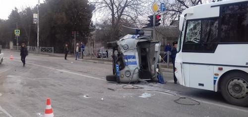 ДТП в Кисловодске - полицейский «УАЗ» врезался в «Жигули»