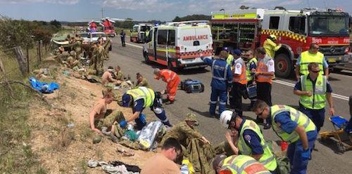В ДТП в Австралии пострадали 30 кадетов