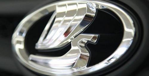 «АвтоВАЗ» снизил прогноз продаж автомобилей на 2015 год