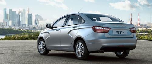 «АвтоВАЗ» уже распродал 1 тысячу автомобилей Lada Vesta