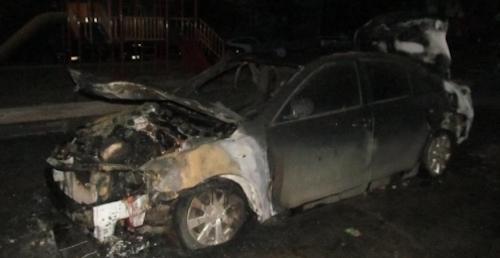 В Омске за ночь сгорели три иномарки - две Toyota и Lexus
