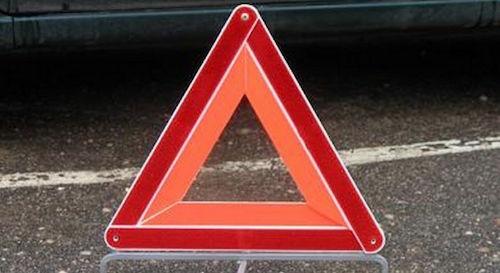 В результате ДТП в Смоленске перевернулся автомобиль скорой помощи