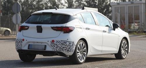 Opel приступил к тестам «заряженного» Astra GSI 2016