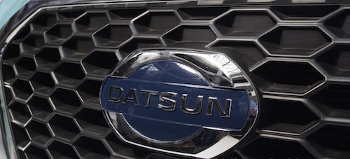 Datsun-Go-logo-from-Mumbai-roadshow