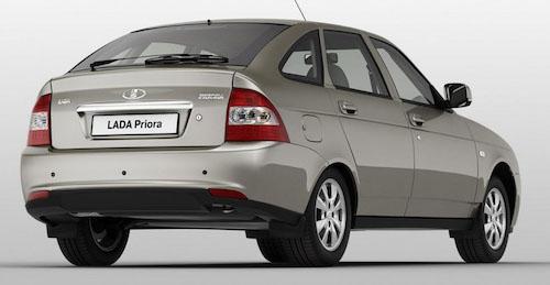 lada-priora-hatchback-2014-10