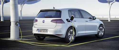 США попросили Volkswagen производить электрокары