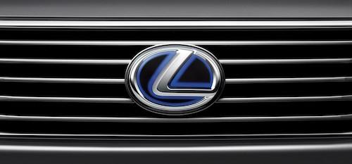 Lexus вошел в тройку лидеров премиум-сегмента авторынка РФ