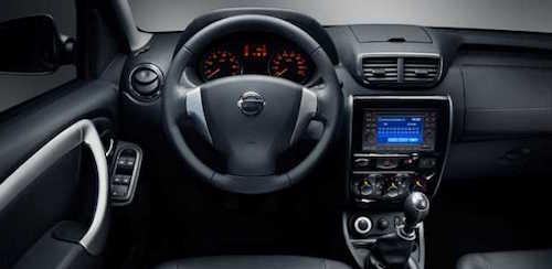 2016-Nissan-Terrano-interior
