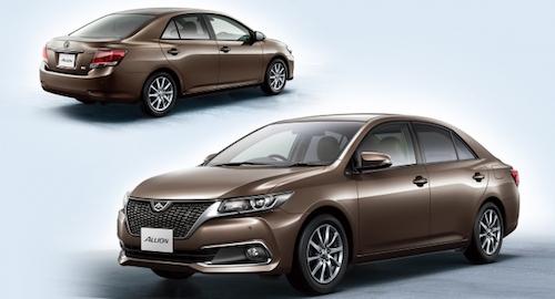 Концерн Toyota представил обновленные седаны Premio и Allion