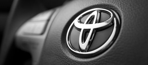 Toyota-Logo-Desktop-Themes