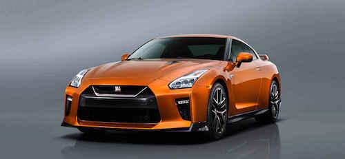 2017-Nissan-GT-R-3