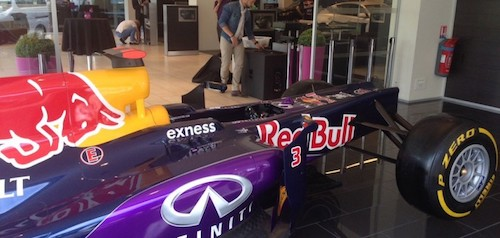 infiniti-red-bull-racing-cannes-cote-azur-monoplace-rb11-3-790x376