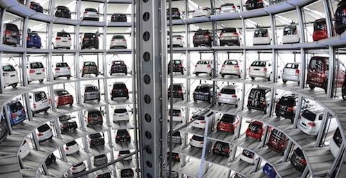 Русский парк легковых машин на60% состоит изиномарок