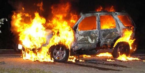 ВОктябрьском округе Омска заночь сгорели два автомобиля