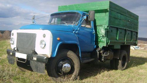 Чиновники изгорода Омск реализуют автомобили по забавным ценам