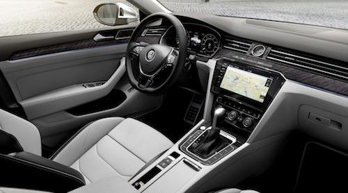 Названы сроки запуска Volkswagen Arteon в России