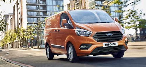 Новый фургон Ford Transit появится в России в конце 2017 года