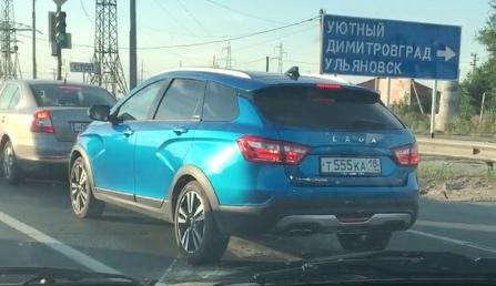 На русских трассах была замечена Лада VestaSW Cross