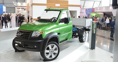УАЗ хочет с2020 года начать серийное производство гибрида «Профи»