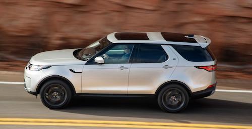 Land Rover Discovery признан автомобилем 2017 года
