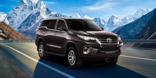 Toyota представила новый внедорожник Fortuner для России