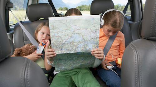 Стало известно, когда вступят в силу новые правила перевозки детей в автомобилях