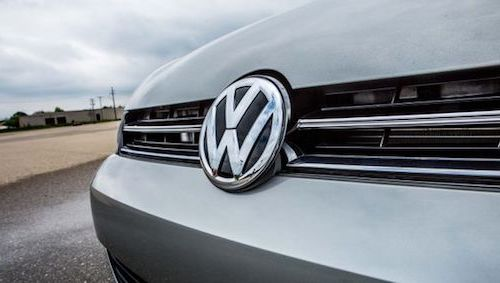 Volkswagen раздаёт деньги
