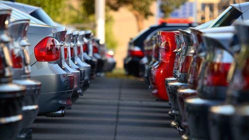 ВРФ замесяц изменили цены 27 автомобильных компаний