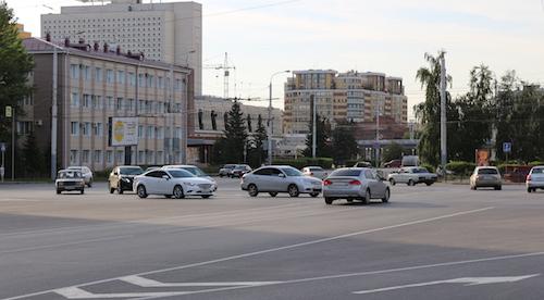 МВД введет вПДД приоритет проезда перекрестка кругового движения