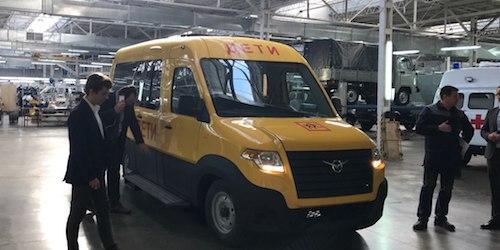 Вweb-сети интернет появились первые фото микроавтобуса УАЗ